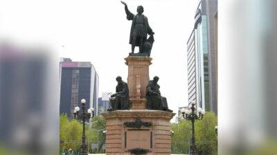 escultura de Cristóbal Colón