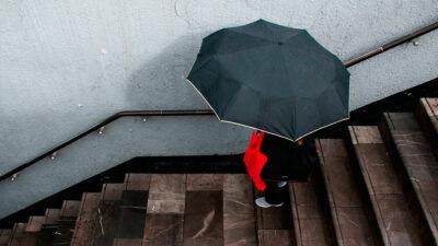 Lluvia en CDMX retrasa viajes en estas líneas del Metro