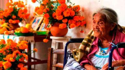 María Salud Ramírez, mamá Coco, cumplió 108 años de edad