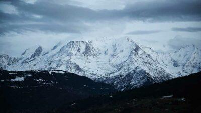 """Las cifras varían de un año a otro porque la cumbre está cubierta por una capa de nieve """"perpetua""""."""