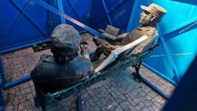 Estatuas de Fidel y Che Guevara