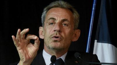 Nicolas Sarkozy es condenado a un año de cárcel