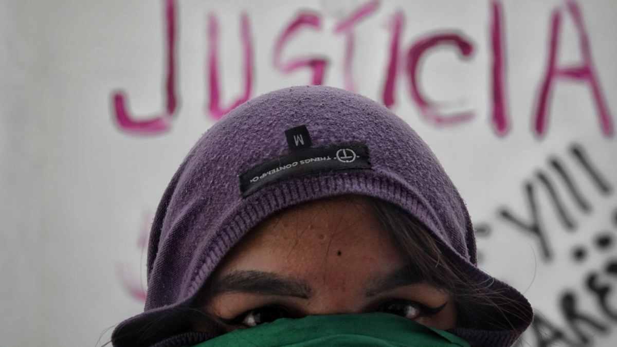 CNDH: feministas hacen destrozos y piden destitución de Rosario Piedra Ibarra