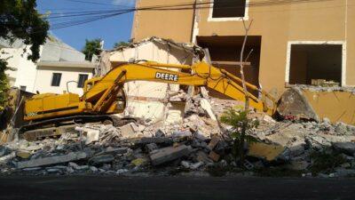 Peña Coss: derrumban casa donde ocurrió el asesinato de Cumbres, en Monterrey