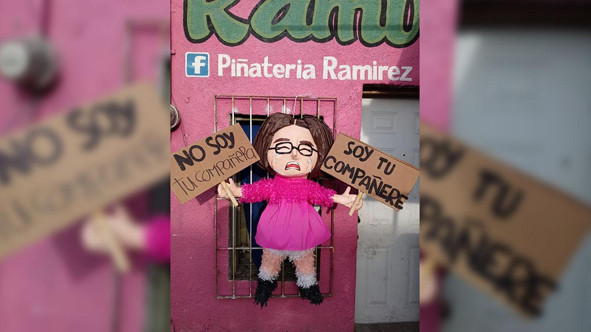 """Tamaulipas: Los Ramírez crean piñata de """"compañere"""""""