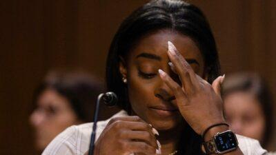 Simone Biles critica al FBI por permitir abusos sexuales de Larry Nassar