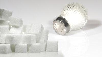 Consumo de sal y azúcar, así debe ser en los niños