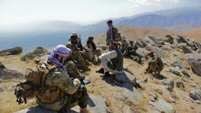 Talibanes aseguran haber capturado completamente valle de Panshir
