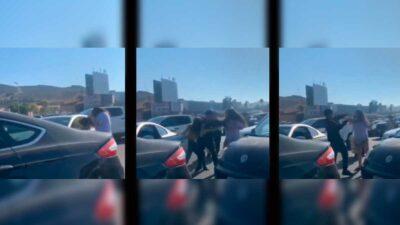 En Tijuana, mujeres se golpean en garita y se viraliza su pelea