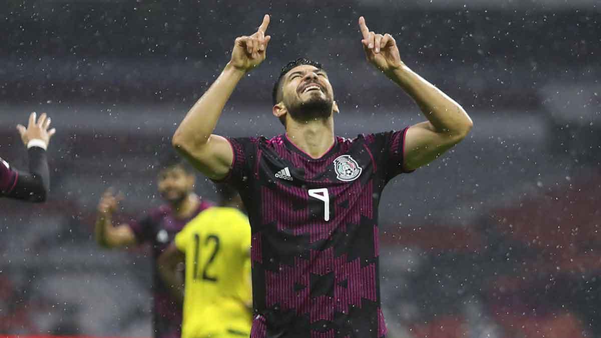 Henry Martín festeja el gol del triunfo