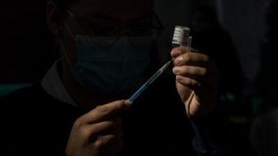 Vacunación Edomex: Aplican segunda dosis de 18 a 40 años en 26 municipios