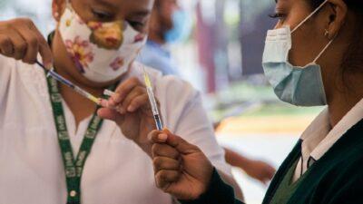 Veracruz: 7 municipios aplican mañana vacuna COVID; ve si te toca
