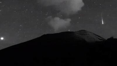 Volcán Popocatépetl registra explosión y captan rara estrella fugaz