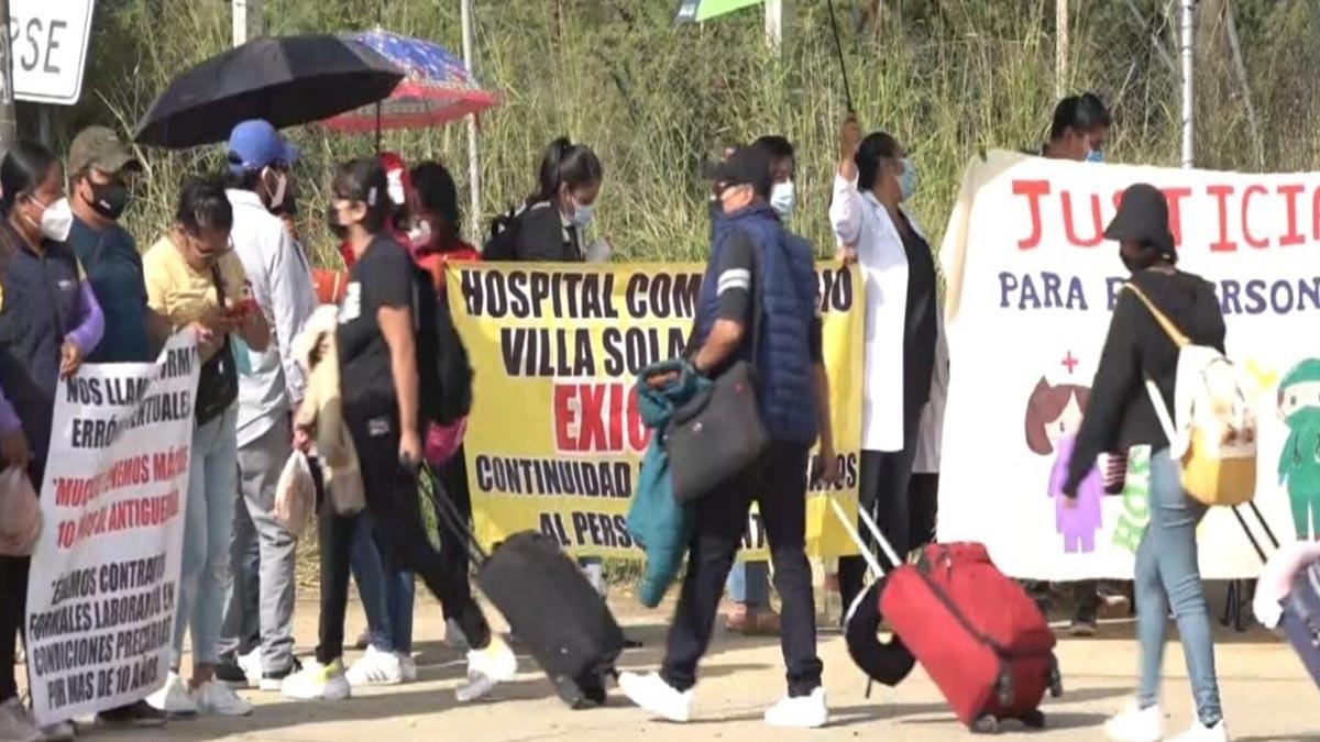 Oaxaca: Trabajadores de la salud marchan; piden ser recontratados