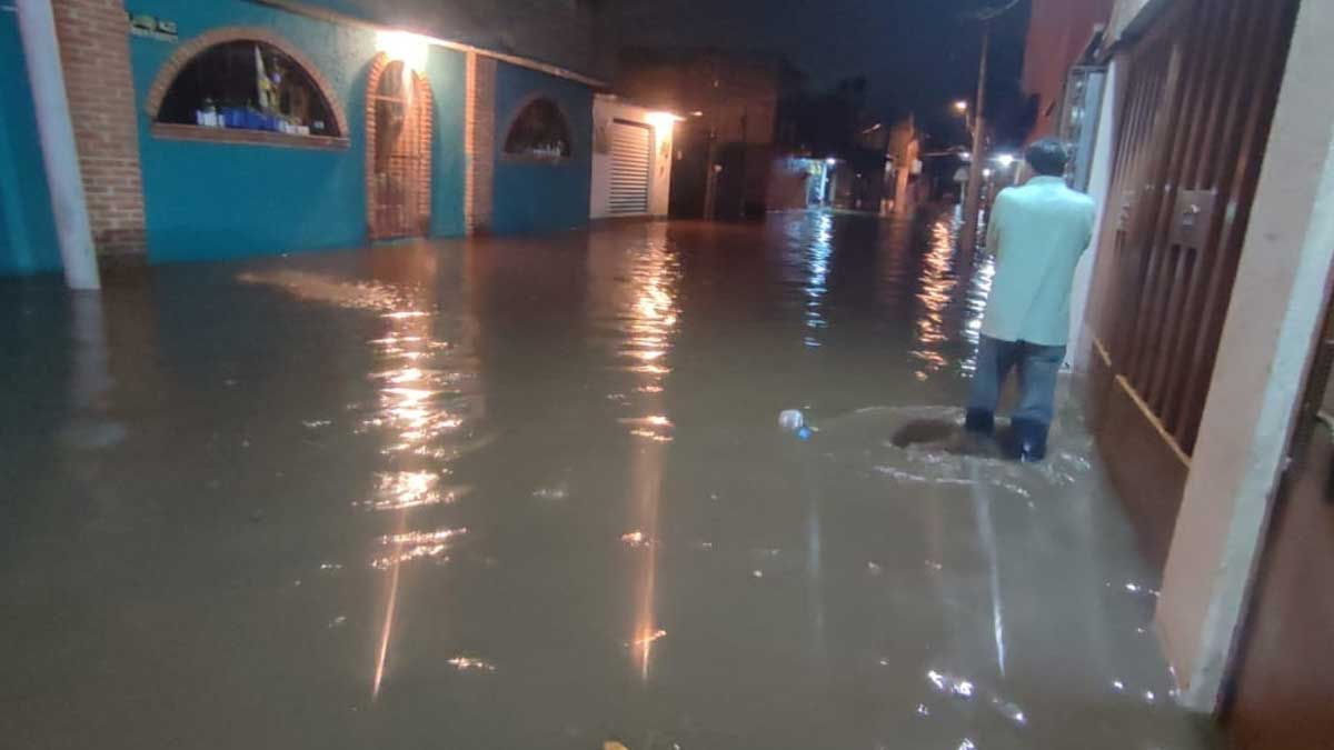 Xochimilco: Se desborda río San Buenaventura por fuertes lluvias