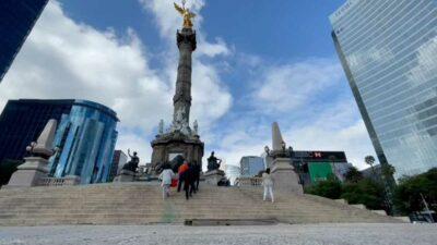 Ángel de la Independencia: quitan vallas metálicas tras dos años