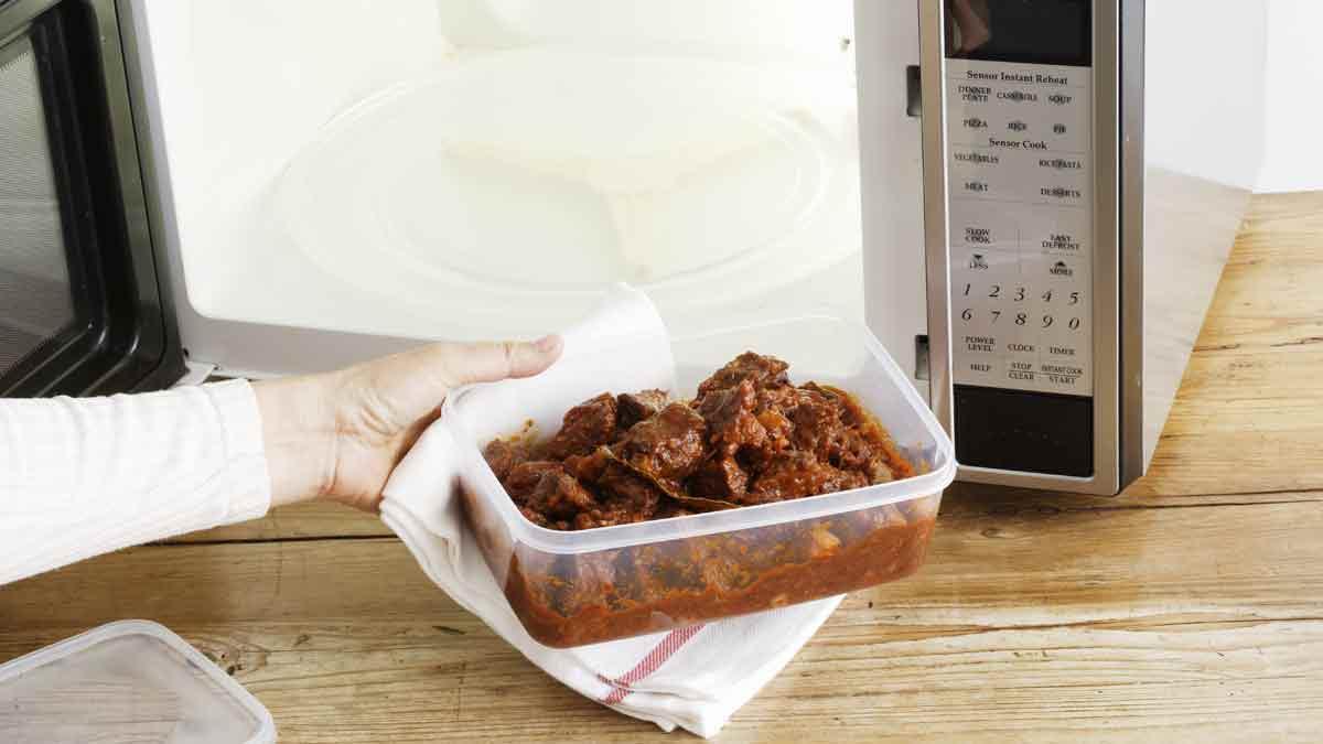 calentar comida microondas