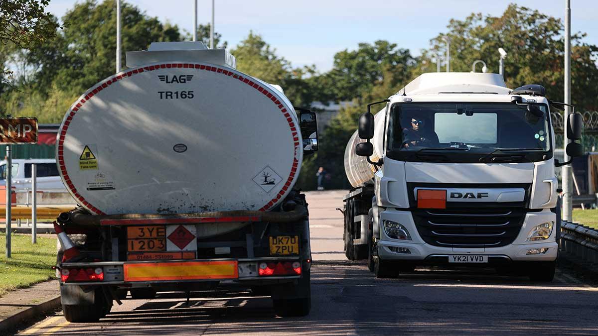 Crisis de conductores Reino Unido: los sueldos de los camioneros