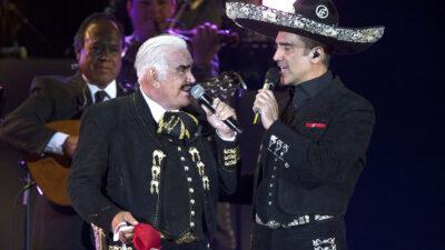 "Alejandro Fernández afirma Vicente Fernández va ""muy bien"""