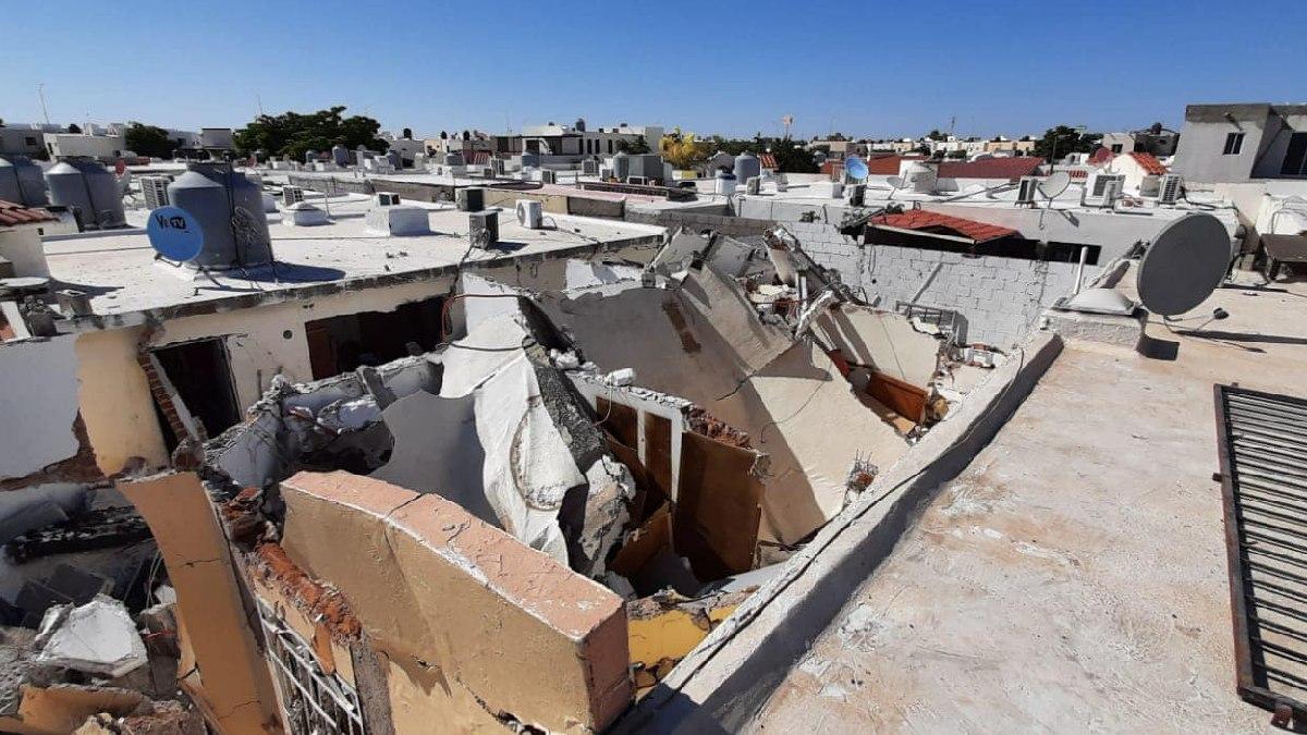Hermosillo: Explosión de gas colapsa casa y deja a hombre con quemaduras