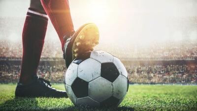 Los cinco clásicos europeos de futbol de este domingo