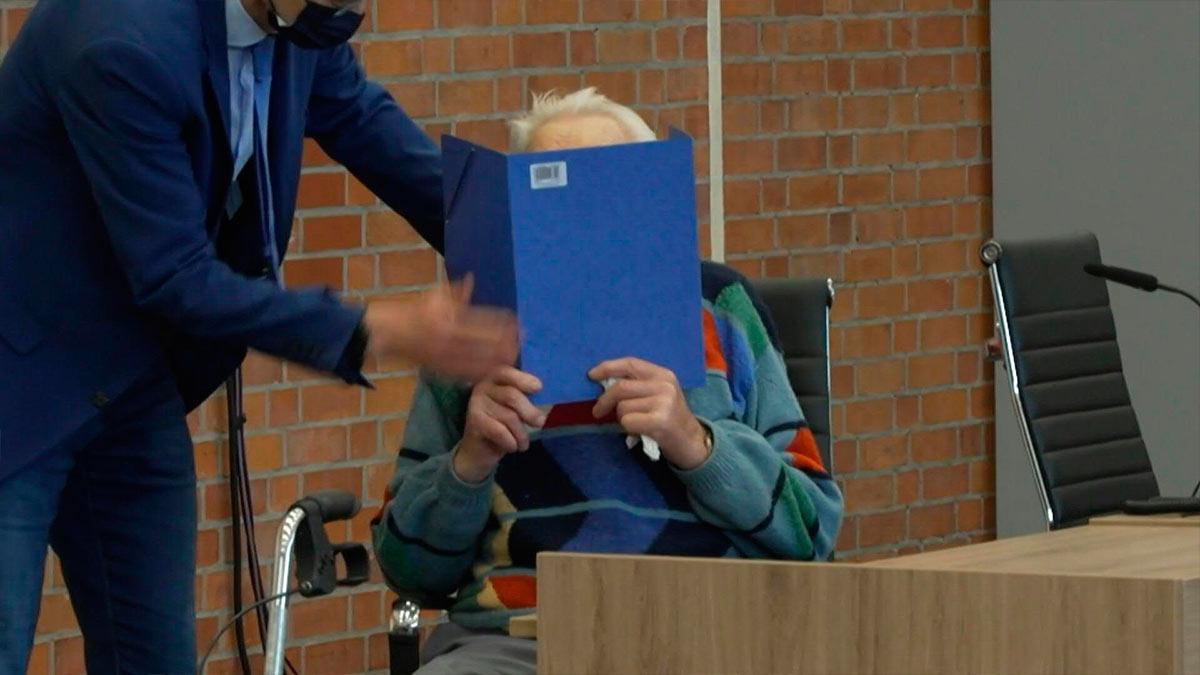 Exguardia nazi de 100 años es juzgado en Alemania