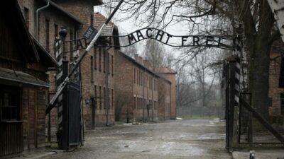 Auschwitz grafitis Polonia