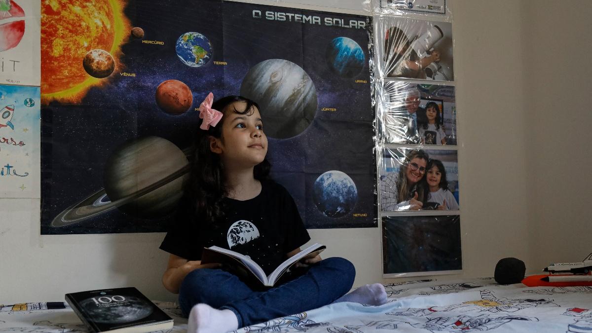 Nicole Oliveira Astronoma
