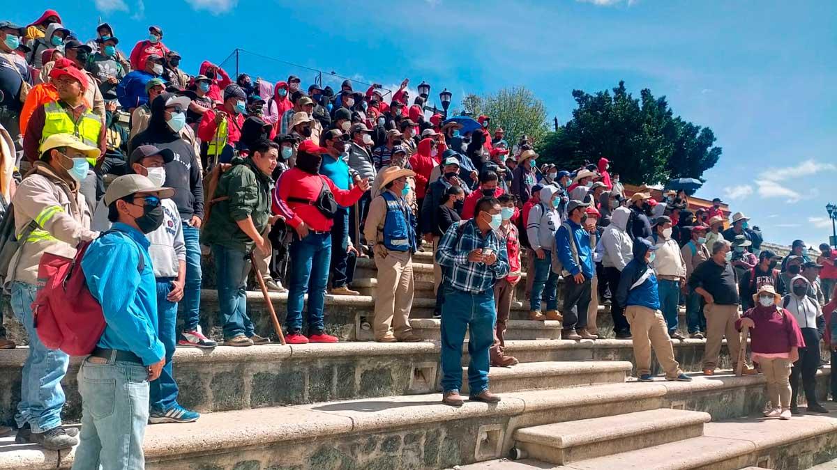En Oaxaca sigue paro de trabajadores de limpia