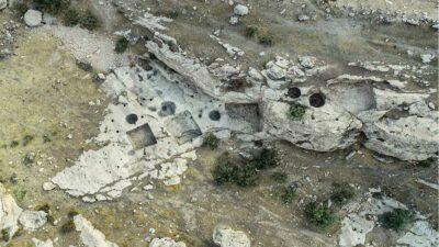 Hallan prensas de vino en Irak de hace más de 2 mil 700 años