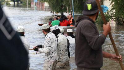 San Juan del Río, Querétaro, bajo el agua: evacúan a mil 547
