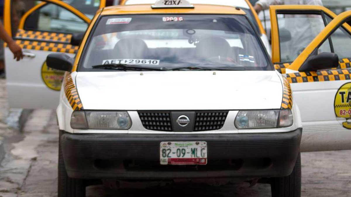 Nuevo León: taxistas en Zuazua son captados en plena pelea